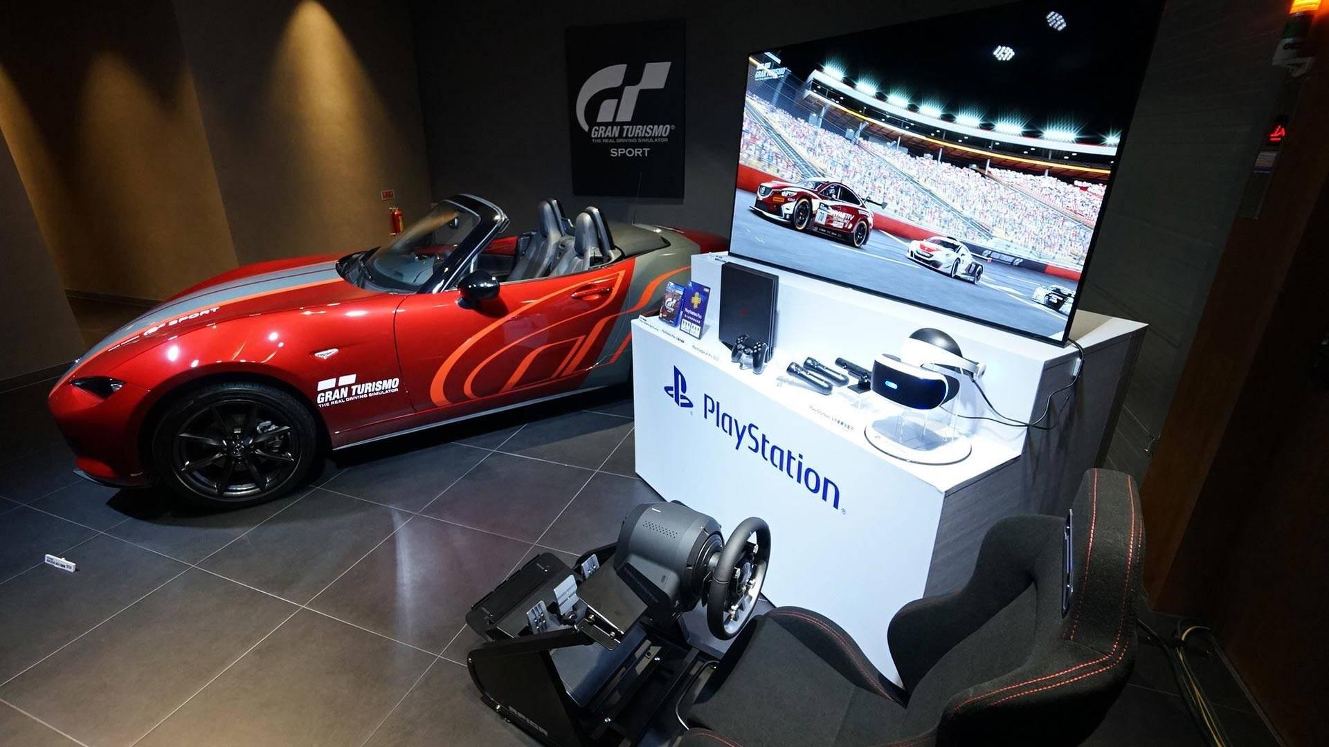 Сони выпустила комплект Gran Turismo Sport снастоящим автомобилем
